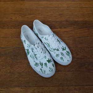 FOREVER 21 Cactus Succulent Sneakers Size 8M